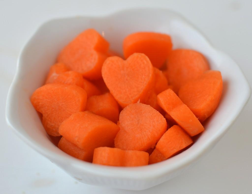 heart shaped carrots